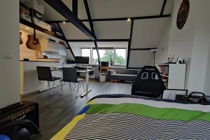 Te huur: Studio Heezerweg, Eindhoven - 1