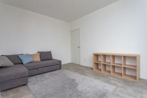 Te huur: Appartement Valkenboskade, Den Haag - 1