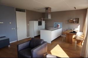 Bekijk studio te huur in Den Bosch Statenlaan, € 1500, 90m2 - 319103. Geïnteresseerd? Bekijk dan deze studio en laat een bericht achter!