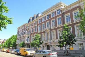 Bekijk appartement te huur in Den Haag Bezuidenhoutseweg: Appartement  - € 2240, 83m2 - 355108