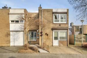 Bekijk woning te huur in Eygelshoven Eisenhowerstraat, € 849, 118m2 - 367794. Geïnteresseerd? Bekijk dan deze woning en laat een bericht achter!