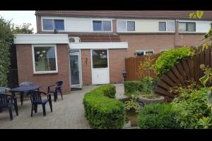 Bekijk woning te huur in Eindhoven Bergeraclaan, € 1300, 125m2 - 280847. Geïnteresseerd? Bekijk dan deze woning en laat een bericht achter!