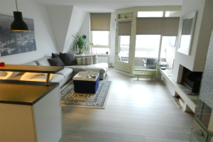 View apartment for rent in Heemstede Raadhuisstraat, € 1435, 95m2 - 389010. Interested? check out this apartment and leave a message!