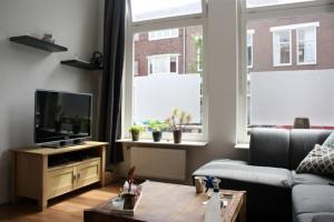 Bekijk studio te huur in Groningen Helper Oostsingel, € 801, 32m2 - 378772. Geïnteresseerd? Bekijk dan deze studio en laat een bericht achter!