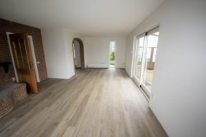 View house for rent in Pijnacker Overgauwseweg, € 1655, 179m2 - 377877. Interested? check out this house and leave a message!