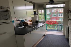 Bekijk appartement te huur in Amsterdam Juliana van Stolbergstraat, € 1500, 54m2 - 375941. Geïnteresseerd? Bekijk dan deze appartement en laat een bericht achter!