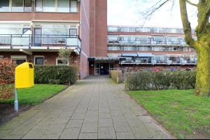 Bekijk kamer te huur in Zwolle Obrechtstraat, € 300, 19m2 - 319687. Geïnteresseerd? Bekijk dan deze kamer en laat een bericht achter!