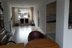 Bekijk kamer te huur in Rosmalen Gerard van Dinterstraat, € 470, 16m2 - 373136. Geïnteresseerd? Bekijk dan deze kamer en laat een bericht achter!