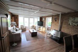 Bekijk woning te huur in Enschede Hagmolenbeekweg, € 795, 65m2 - 381527. Geïnteresseerd? Bekijk dan deze woning en laat een bericht achter!