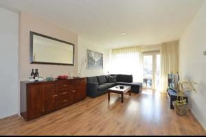 Bekijk appartement te huur in Enschede Zaanstraat: Appartement - € 745, 75m2 - 299345
