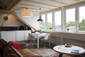 Bekijk studio te huur in Maastricht Hertogsingel, € 825, 42m2 - 281449. Geïnteresseerd? Bekijk dan deze studio en laat een bericht achter!