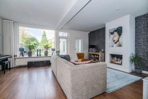 Bekijk woning te huur in Vught V. Heeswijkstraat, € 1495, 170m2 - 353860. Geïnteresseerd? Bekijk dan deze woning en laat een bericht achter!