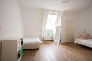 Bekijk appartement te huur in Amsterdam Ruysdaelstraat: Appartement - € 1650, 60m2 - 299573