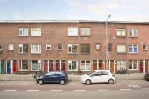 Bekijk kamer te huur in Utrecht Laan van Nieuw-Guinea, € 400, 12m2 - 378891. Geïnteresseerd? Bekijk dan deze kamer en laat een bericht achter!