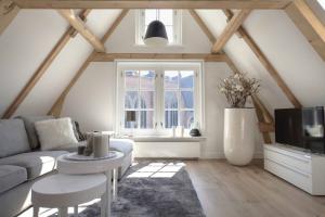 Bekijk appartement te huur in Amsterdam Lange Niezel, € 1750, 70m2 - 372431. Geïnteresseerd? Bekijk dan deze appartement en laat een bericht achter!