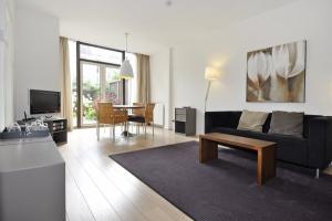 Bekijk appartement te huur in Den Haag Bachmanstraat, € 1350, 71m2 - 352543. Geïnteresseerd? Bekijk dan deze appartement en laat een bericht achter!