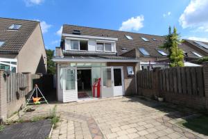 Bekijk woning te huur in Veldhoven Sabelmarter, € 1300, 150m2 - 349348. Geïnteresseerd? Bekijk dan deze woning en laat een bericht achter!
