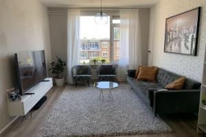 Bekijk appartement te huur in Rotterdam Goudsesingel, € 1250, 75m2 - 370502. Geïnteresseerd? Bekijk dan deze appartement en laat een bericht achter!