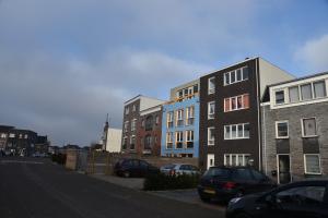 Bekijk woning te huur in Almere Aresstraat, € 1750, 145m2 - 291064. Geïnteresseerd? Bekijk dan deze woning en laat een bericht achter!