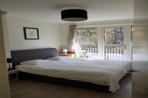 Bekijk appartement te huur in Amsterdam Van Ostadestraat: Gerenoveerd appartement  - € 1700, 60m2 - 339149