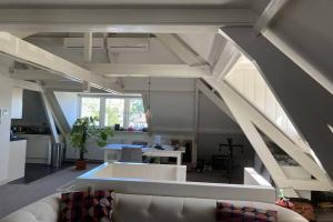 Te huur: Appartement Burgemeester Lambooylaan, Hilversum - 1