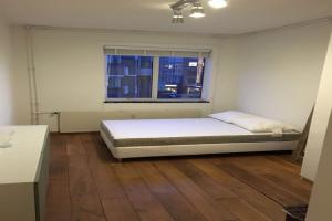 Bekijk kamer te huur in Rotterdam Pannekoekstraat, € 650, 20m2 - 344657. Geïnteresseerd? Bekijk dan deze kamer en laat een bericht achter!