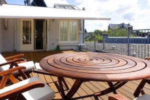 Bekijk appartement te huur in Amsterdam Prinsengracht, € 3000, 110m2 - 273802. Geïnteresseerd? Bekijk dan deze appartement en laat een bericht achter!