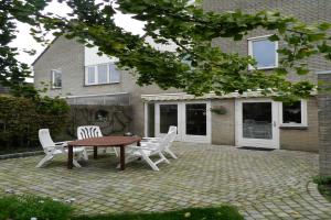 Bekijk woning te huur in Zutphen Stokebrand, € 1200, 130m2 - 377041. Geïnteresseerd? Bekijk dan deze woning en laat een bericht achter!
