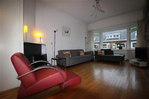 Bekijk woning te huur in Duivendrecht Populierstraat: Schitterende en royale eengezinswoning - € 2475, 196m2 - 338725