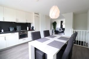 For rent: Apartment Marijnenlaan, Uithoorn - 1