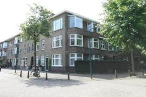 Bekijk appartement te huur in Rijswijk Zh Cromvlietkade, € 1350, 77m2 - 358459. Geïnteresseerd? Bekijk dan deze appartement en laat een bericht achter!