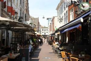Bekijk studio te huur in Den Bosch K. Putstraat, € 750, 70m2 - 351852. Geïnteresseerd? Bekijk dan deze studio en laat een bericht achter!