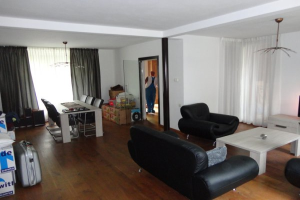 View house for rent in Sittard Oude Heiweg, € 900, 137m2 - 379948. Interested? check out this house and leave a message!