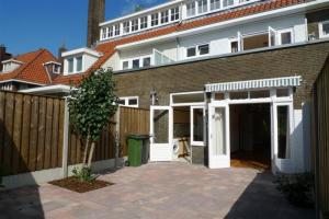 Bekijk woning te huur in Eindhoven Floralaan Oost, € 1600, 189m2 - 336211. Geïnteresseerd? Bekijk dan deze woning en laat een bericht achter!