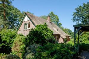 Bekijk woning te huur in Hattem Veenwal, € 1325, 118m2 - 382673. Geïnteresseerd? Bekijk dan deze woning en laat een bericht achter!