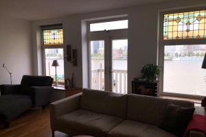 Bekijk appartement te huur in Rotterdam Maaskade, € 2100, 130m2 - 365959. Geïnteresseerd? Bekijk dan deze appartement en laat een bericht achter!
