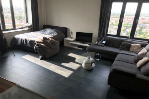 View studio for rent in Groningen Wielewaalplein, € 950, 45m2 - 356500. Interested? check out this studio and leave a message!