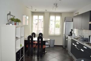 Bekijk woning te huur in Brielle Langestraat: Gemeubileerde woning - € 1400, 100m2 - 351505