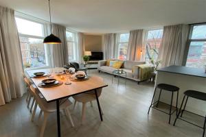 Bekijk appartement te huur in Amsterdam Lijnbaansgracht, € 1995, 75m2 - 380367. Geïnteresseerd? Bekijk dan deze appartement en laat een bericht achter!