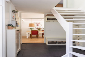 View house for rent in Apeldoorn Helmbloem, € 1150, 112m2 - 380924. Interested? check out this house and leave a message!