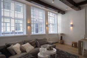 Bekijk appartement te huur in Amsterdam L. Niezel, € 1850, 75m2 - 366126. Geïnteresseerd? Bekijk dan deze appartement en laat een bericht achter!