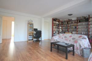 Bekijk appartement te huur in Utrecht Karel Doormanlaan, € 1250, 60m2 - 340424. Geïnteresseerd? Bekijk dan deze appartement en laat een bericht achter!