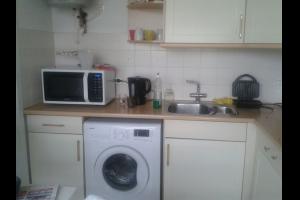 Bekijk kamer te huur in Arnhem Wijenburglaan, € 275, 10m2 - 303532. Geïnteresseerd? Bekijk dan deze kamer en laat een bericht achter!