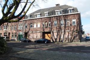 Bekijk kamer te huur in Tilburg D. Nolensstraat, € 345, 16m2 - 336754. Geïnteresseerd? Bekijk dan deze kamer en laat een bericht achter!