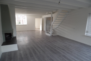 View house for rent in Ijsselstein Ut Haanderik, € 1500, 161m2 - 395490. Interested? check out this house and leave a message!