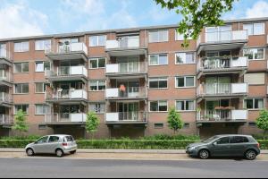 Bekijk appartement te huur in Breda Rijnauwenstraat: Instapklaar 3-kamer appartment in de wijk de Ypelaar - € 950, 85m2 - 331299