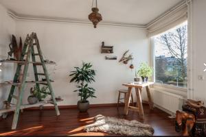 Bekijk appartement te huur in Utrecht Hijmans van den Berghlaan, € 1195, 71m2 - 384216. Geïnteresseerd? Bekijk dan deze appartement en laat een bericht achter!
