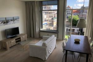Bekijk appartement te huur in Haarlem Nassauplein, € 1445, 61m2 - 351728. Geïnteresseerd? Bekijk dan deze appartement en laat een bericht achter!