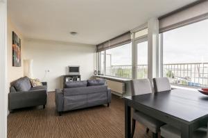 Te huur: Appartement Vlaardingerdijk, Schiedam - 1