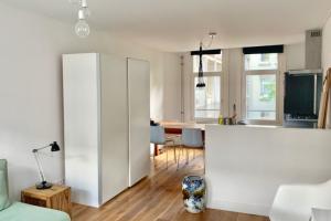 Bekijk appartement te huur in Amsterdam V. Bossestraat, € 1400, 50m2 - 365858. Geïnteresseerd? Bekijk dan deze appartement en laat een bericht achter!